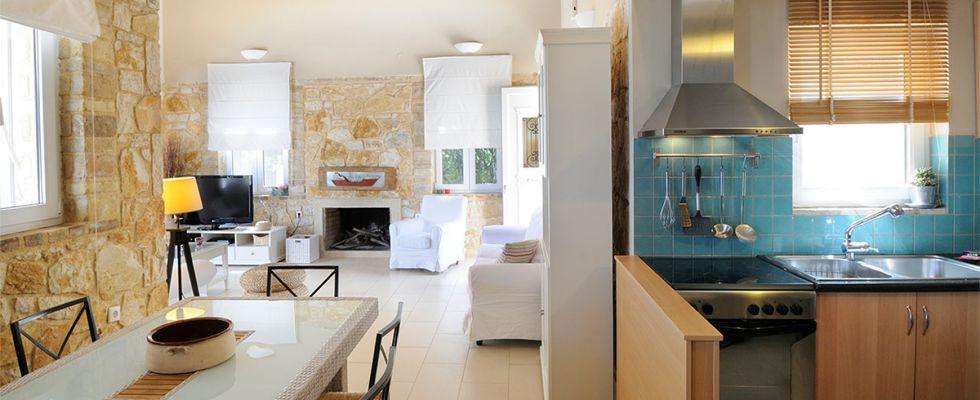 Summer Villas In Corfu - Amazing Holiday Villas In Greece - Villa Ricci At Avlaki Beach