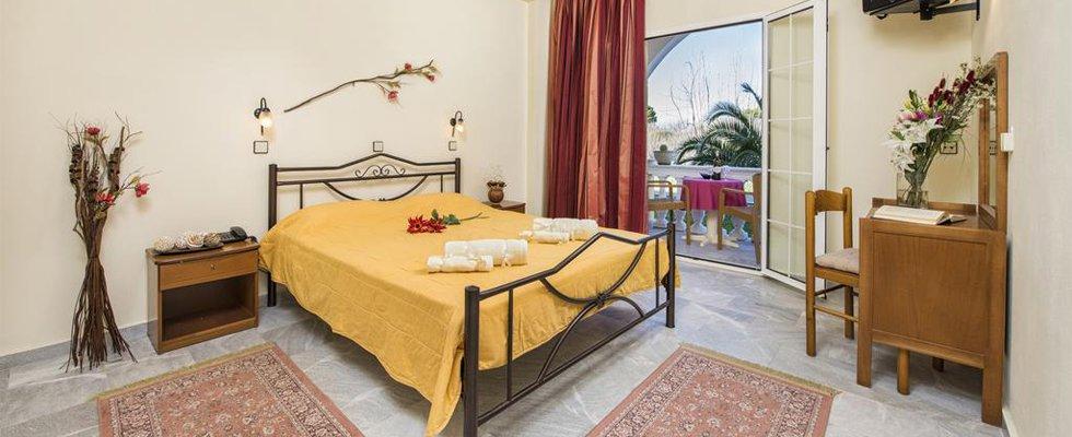 Kavos Corfu Hotels - Erofili Hotel Kavos - Rooms In Kavos - Places To Stay In Kavos Corfu
