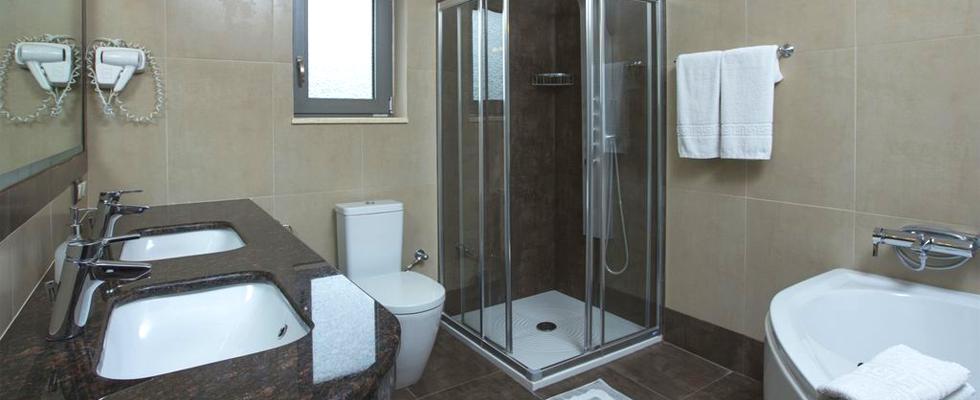 Corfu Luxury Villas - Best Accommodations In Corfu Greece - La Pearl Villa Messonghi