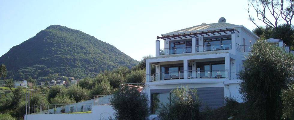 Villa With Amazing View In Corfu - La Pearl Villa Messonghi - Best Villa In Corfu