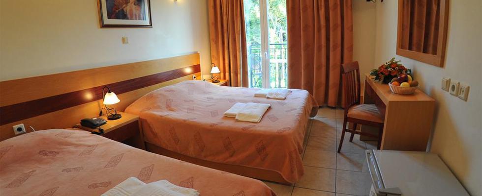 Hellinis Hotel Kanoni - Kanoni Hotels - Corfu Hotels - Corfu Accommodations