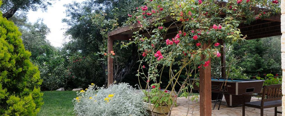 Beautiful Summer Villas In Corfu - Villa Ricci Avlaki - Greek Luxury Accomodations