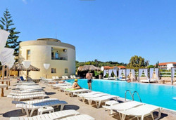 Island Beach Resort Kavos Corfu - Poolside