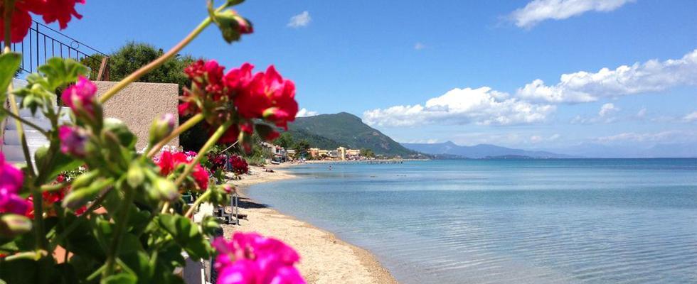 Corfu Villas - La Pearl Villa Corfu - Luxury Villa In Messonghi - Beach Front Villa In Corfu Greece
