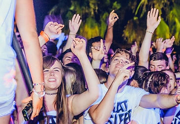 Festival atmosphere at the Superpaint Party in Kavos