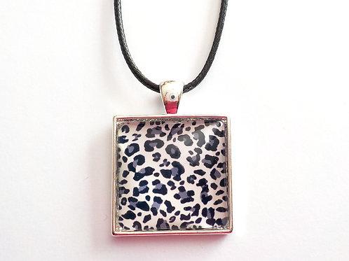 collier carré 25 mm C26