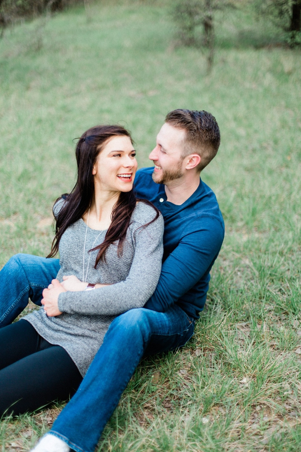 Three things for happy engaged couple to do after the proposal.