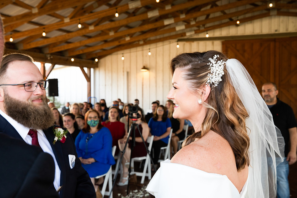 How much wedding photography should cost in Dallas with real Texas couple featured on their wedding day.
