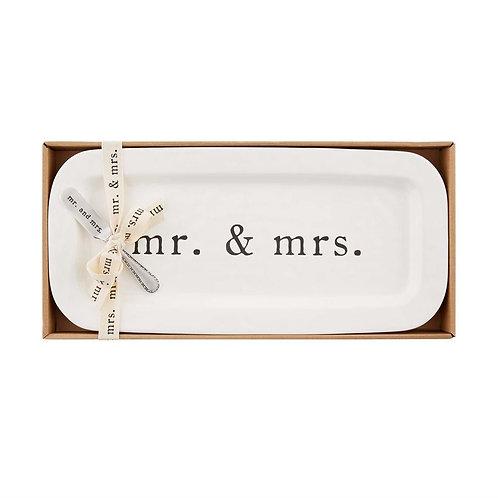 Mr. & Mrs. Hostess Set