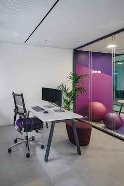 Software Company's Office Renovation by Stavropoulou architects in Athens