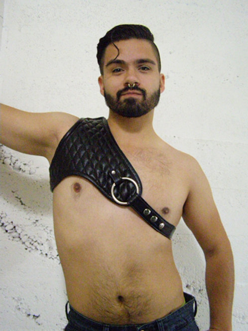 QUILTED HARNESS