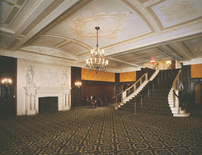 Boston Opera House Lower Lounge