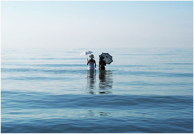 two-victorian-women-walking-in-the-sea-n