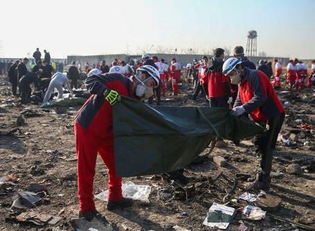 Avião ucraniano cai após decolagem no Irã e deixa 176 mortos