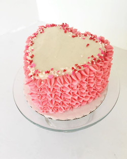 """Ahhh love is sweet...literally! This personalized 4"""" heart cake will make your honey swoon! 💗❤️💕_."""