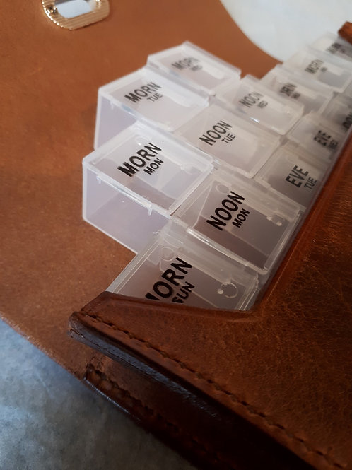 Distressed Leather 7 Day Pill Organiser
