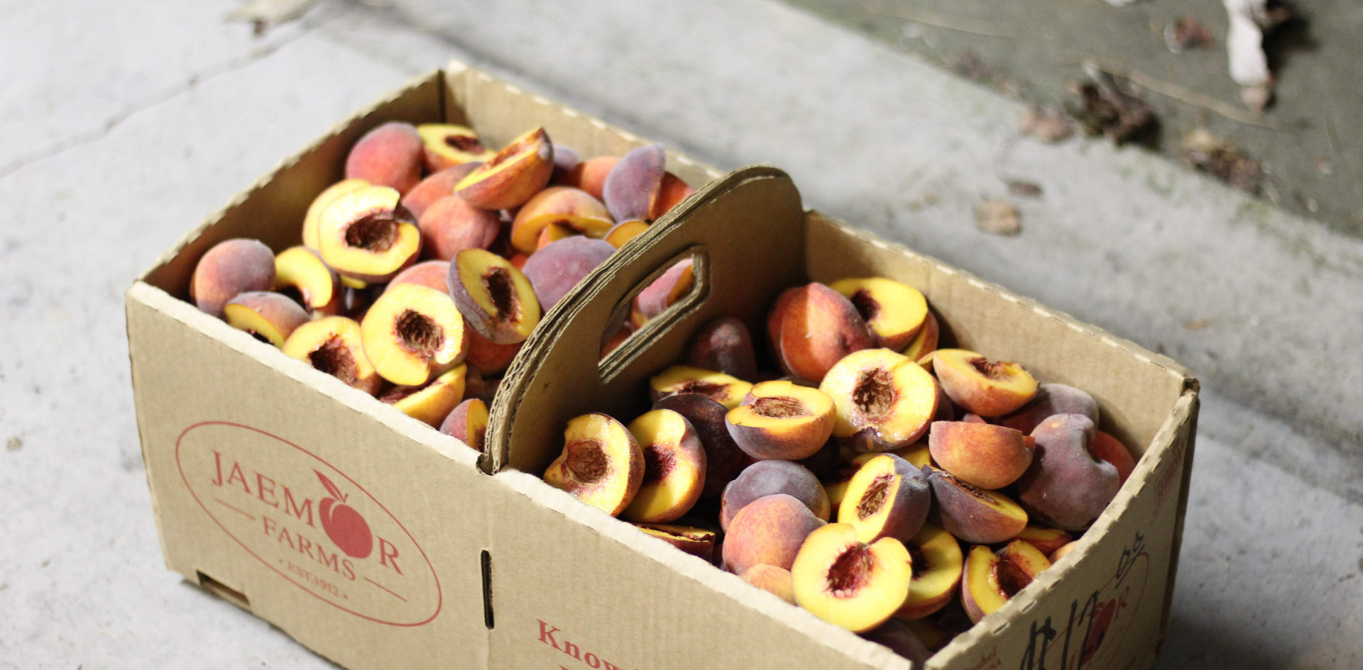 leprechauno-peaches-on-the-grill-1.jpg