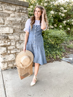 White Eyelet Top: Two Ways to Style