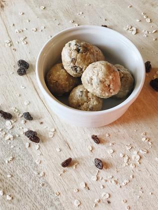 Snack On The Go: Oatmeal Raisin Protein Balls