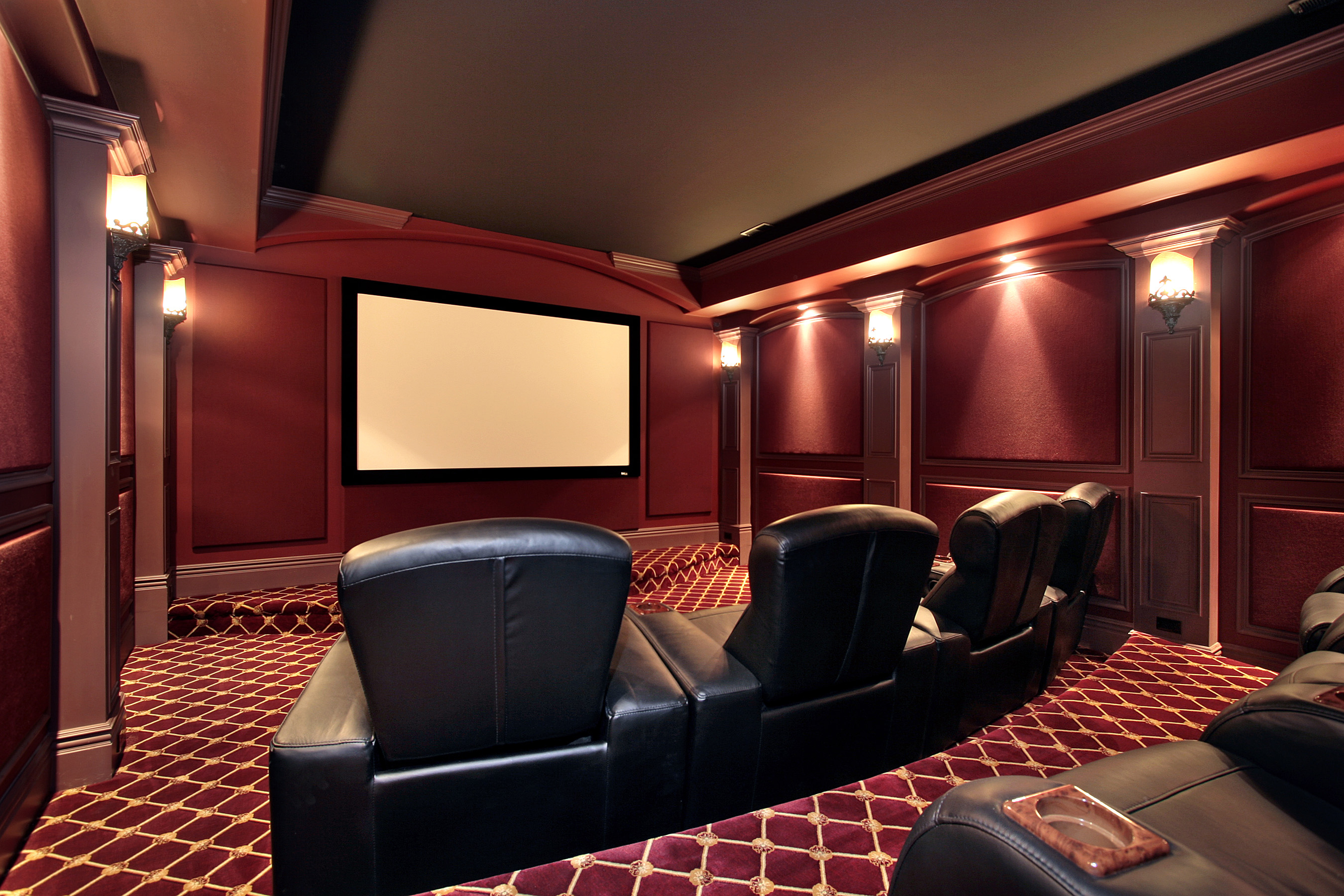 bigstock-Theater-In-Luxury-Home-5194114