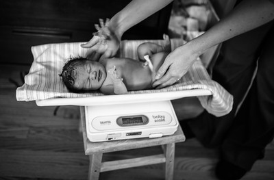 infant weigh birth nurse midwife birth center maryland special beginnings