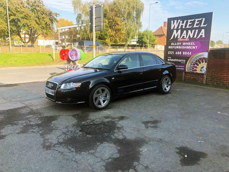 Audi A4 fitted with Rotiform 0.06 wheels