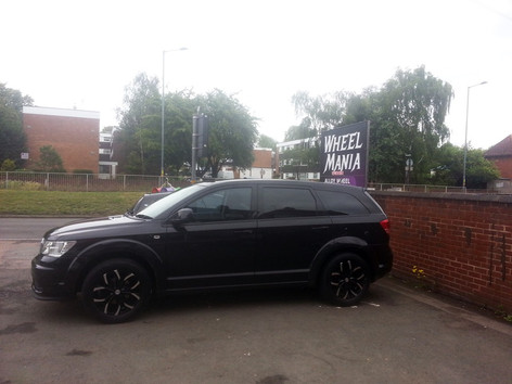 Dodge Journey fitted with 18 Inch Riviera Trekker