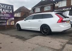 VOLVO V90 FITTED WITH 20 INCH CALIBRE CCU