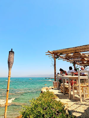 lunch by the sea, seaside dining