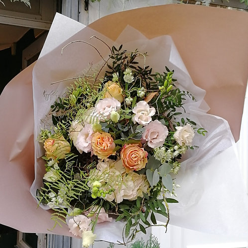 Bouquet de fleurs pastel, il met du baume au coeur, à partir de