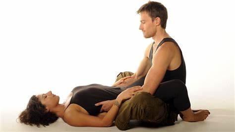 Massage tantra blanc en duo
