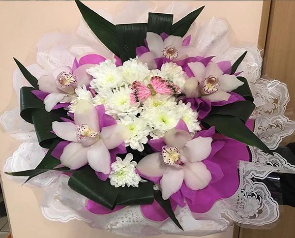 букет орхидея.png