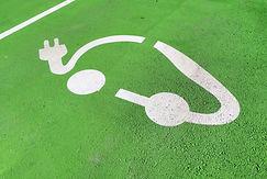 ev-charging-station-sign-reduziert.jpg