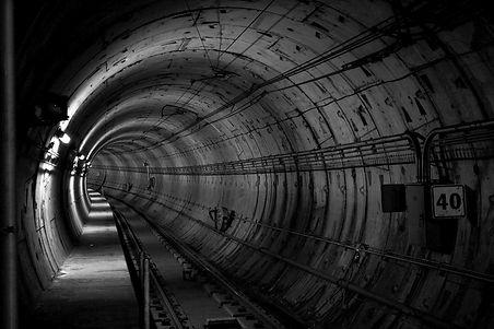 tunnel-690513_1920_edited.jpg