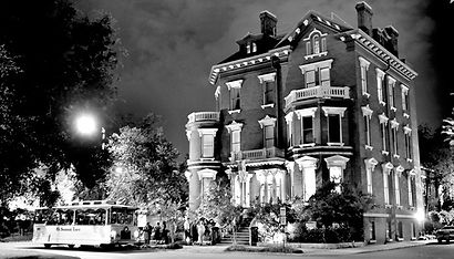 Kehoe-House-Haunted-Hotels-in-Savannah.j