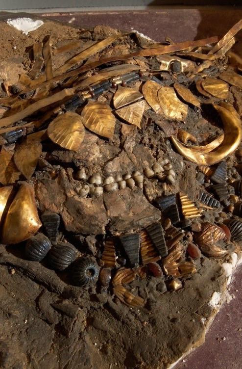 Reconstitution de la fouille du squelette de Pu'abi