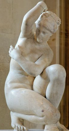 phrodite accroupie au Louvre