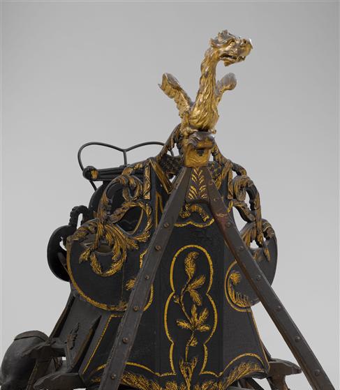Dragon ornemental sur une autre pièce du musée