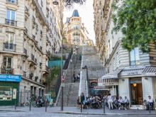 Info Express : La vie d'artiste à Montmartre !