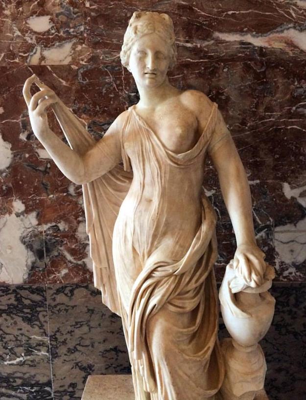 La déesse Aphrodite émerge des réserves du Louvre