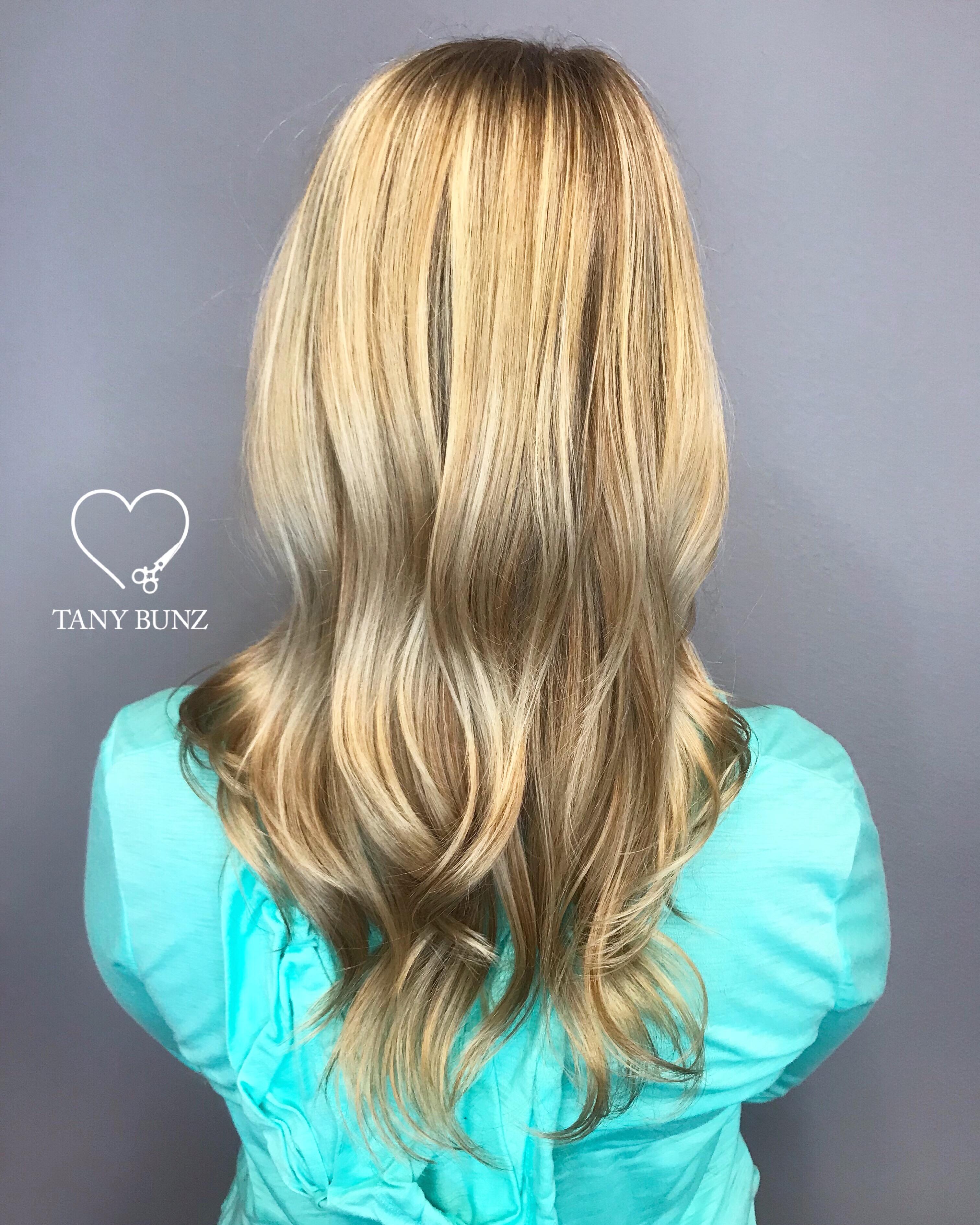 San Diego Hair Stylist   Love Tany Bunz