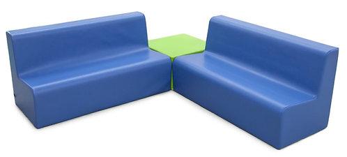 Conjunto de sofás com quadrado