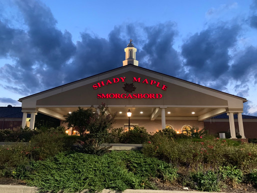 Shady Maple Smorgasbord: East Earl, PA