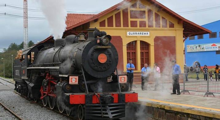 Locomotiva Maria Fumaça.jpg