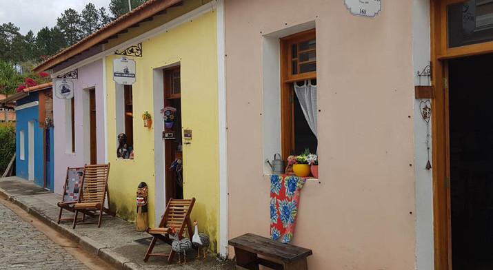 Lojas e Cafés de Vila de Luis Carlos