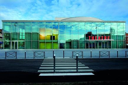 3-vue_exterieure_du_theatre1-1030x687.jp