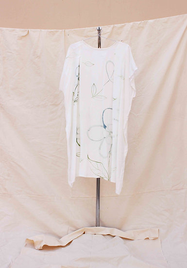 White Hand Painted Flower Drawing Shift dress