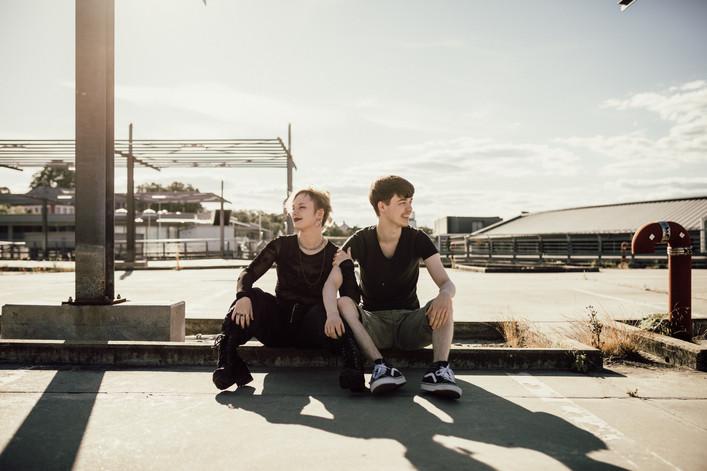 Jonas & Sina
