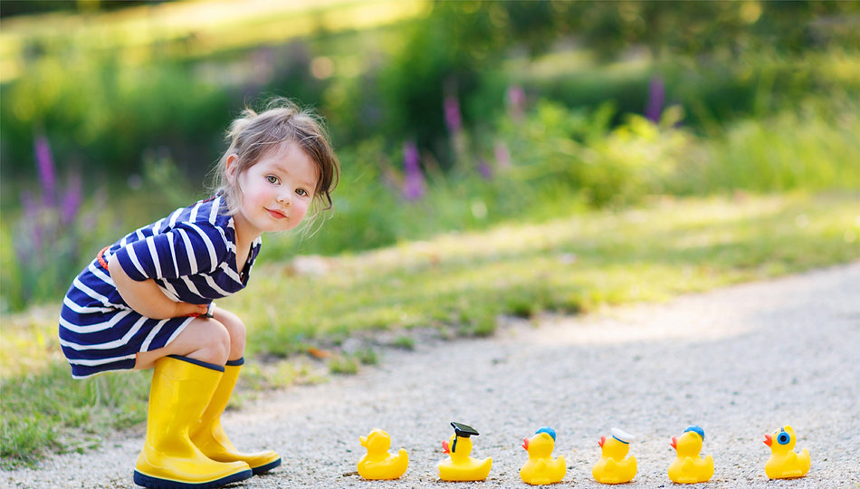 Girl with rubber ducks 1.3-smaller.jpg