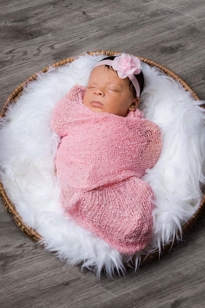 Maternity + Newborn-25.jpg